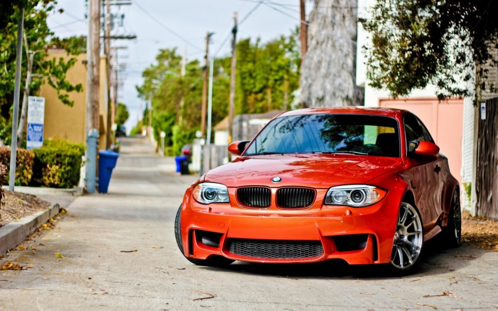 2012-BMW-1M-3_0-liter-V6-335hp-2560x1600-HD
