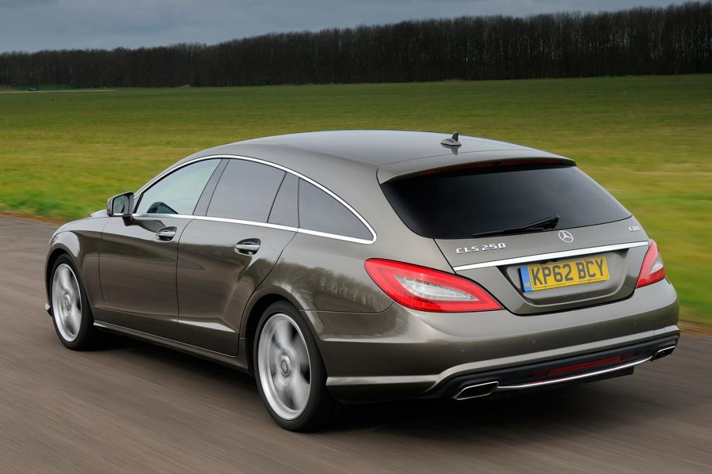 merc-cls-shooting-brake-2-rear-tracking